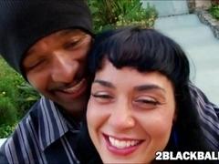 Hawaiian beauty Mahina Zaltana fucks her first massive black dick