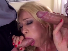 Lindsey Olsen getting two dongs in wet holes