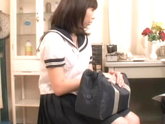 Samo's hungry pussy gets examined at a gynecological clinic