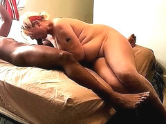 Grannie fucks bbc til he cum as pay so she wont get