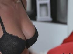 Lesbian milf enjoying pussy licking