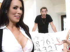 Reagan Foxx & Lucas Frost in Cold Feet Hot Tits - BrazzersNetwork