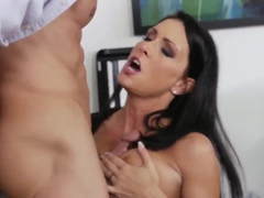 Jessica Jaymes helps Tony DeSergio to discharge the load