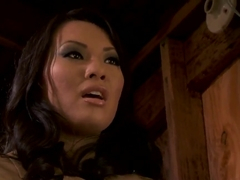 Asa Akira's cleft is in the state of utter fear