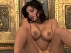 Sunny Leone in Teasing And Playing With Herself Video
