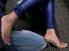 Watch exciting foot fetish scene with Donna Bell