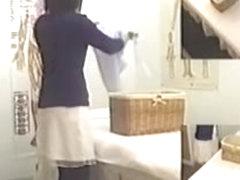 Big fanny Japanese exposed in voyeur massage video