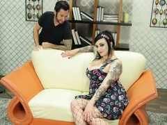 Tommy Pistol & Scarlet LaVey in Pin Up Pounding Scene