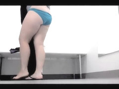 Green panty white fatty gets on the changing room vid