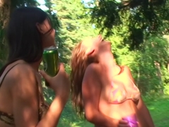 Olympia & Roxi & Veronica in naked students enjoy anal sex in the outdoors