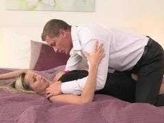 Momxxx video: pantyhose lust