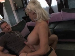Your Hawt Mommy - Scene two Diamond Foxxx