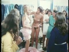 Maria Baxa,Unknown,Various Actresses in Spogliamoci Così Senza Pudor (1976)