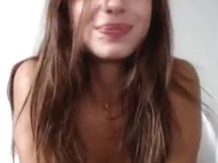 Beauty JulianaCandi plays with anal plug and caressing pussy