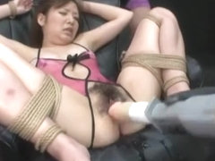 Oriental Acquires Hawt Sauce In Her Unshaved Muff