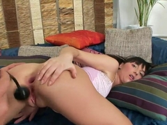 Masha's boyfriend training her anal with a big cock