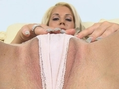 Wild and wet pussy delight
