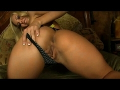 Aaliyah Love and the Sybian