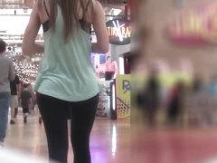 Mall Ass Babe 4