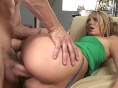 Hannah West - Morning Sex Wake-Up Call