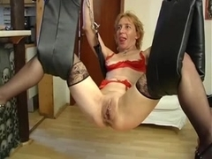 Submissive mature get pussy clamps before fisting