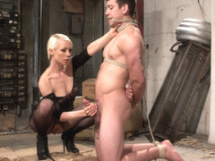 Lorelei Lee & Reed Jameson in Divine Dungeon: A New Slave Is Trained - DivineBitches