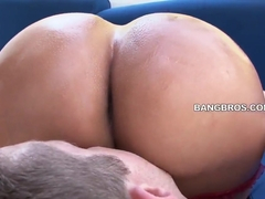 Latina with curvy lines, big ass and huge boobs named Sandra sucks with passion