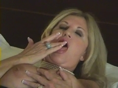 Sexy Aged Cougar Receives Cunt Juice by TROC