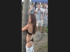 Crazy Bitch Loves Trees