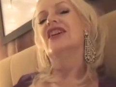 Dirty talking mature bimbo