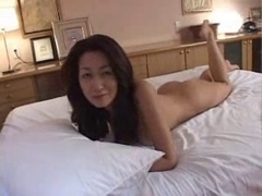 Aged Japanese Cougar 1 Uncensored