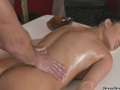 Cumshot after the good massage