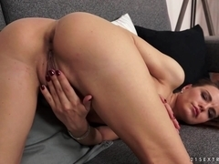 21Sextreme Video: Suzie's playground