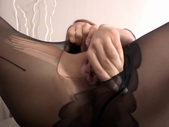 pee saturated honey rubs her vagina