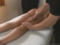 Little Mutt Video: Micah Moore - Massage