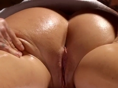 Naughty masseur makes Krissy Lynn shake after sensual love making