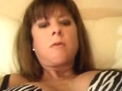Showing on webcam my cunt and bust