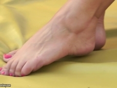 21Sextreme Video: The Fittest Granny in the Turf