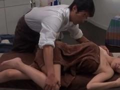 Japanese Oil Massage Salon