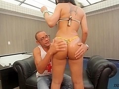 Bruna Butterfly has her shemale ass torn up!