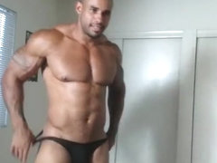 The muscle god! Samson, the MAN! Naked and Hot!