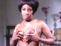 Unknown,Catherine Castel,Marie-Pierre Castel in Vampire Nue, La (1970)