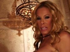 Nicole Sheridan craves u to cum with her