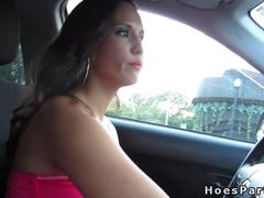 Amateur babe having fun in car