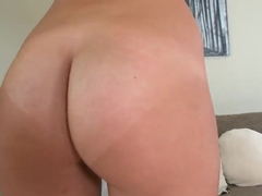 Lanky amateur beauty gives wonderful blowjob during casting