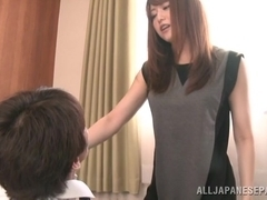 Hot Asian milf in an office suit Akiho Yoshizawa gets 69