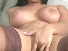 Attractive Sunny Leone wishes erection