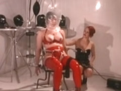 Lesbo Domination and Breathplay