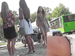 Slender babe with sexy legs in the candid upskirt clip