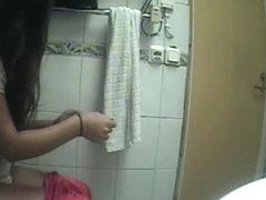 Hidden cam caught a teen girl pee